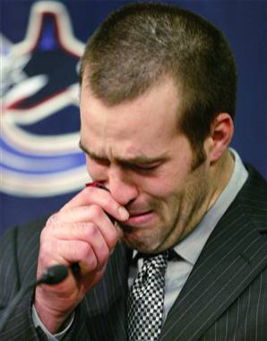 Bertuzzi tears up for SDRE's Diary